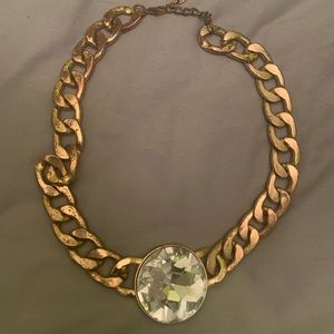 Jewelry - Short statement necklace